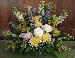 BlueandYellowAltarArrangement