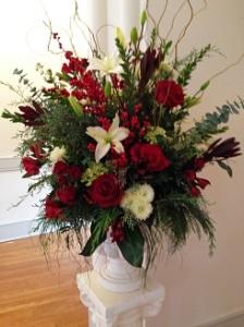 Winter wedding alter arrangement