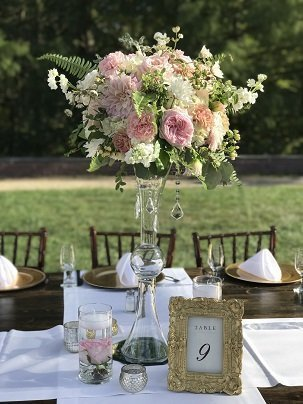 elegant tall wedding centerpiece