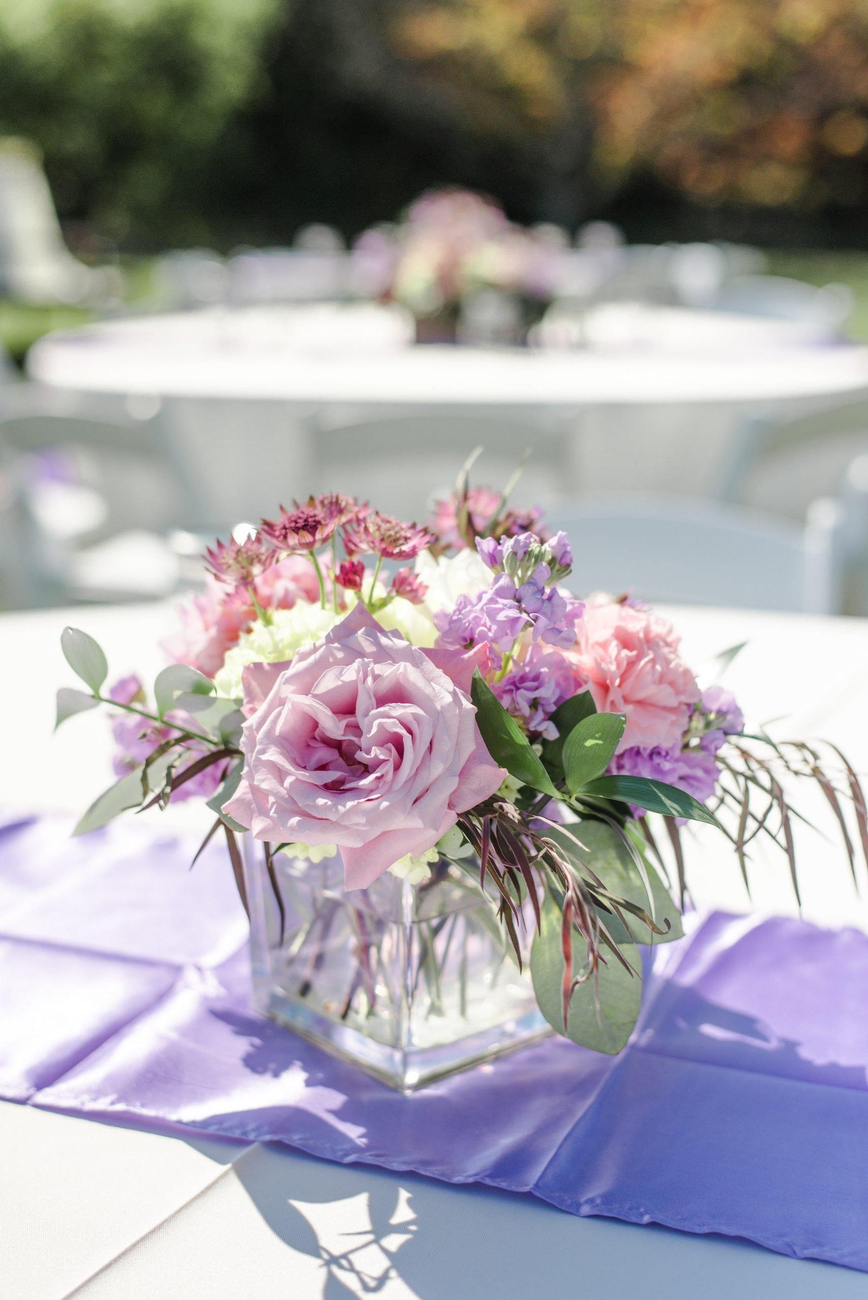 Cube vase arrangement, garden rose centerpiece