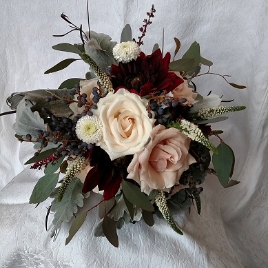quicksand rose, black dahlia, blush bridal bouquet, blush wedding bouquet