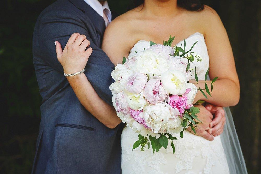 bridal bouquet, peony bouquet