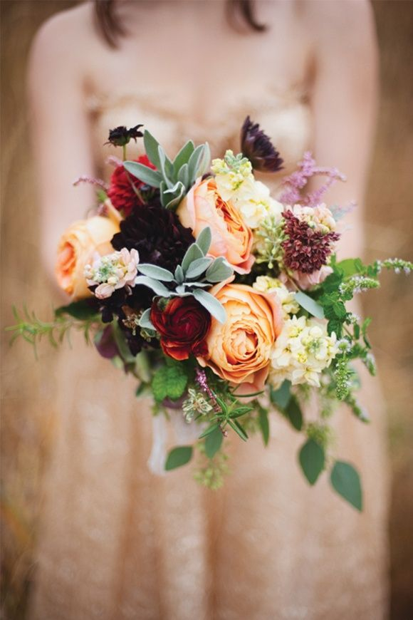 we love these gorgeous autumn wedding bouquets