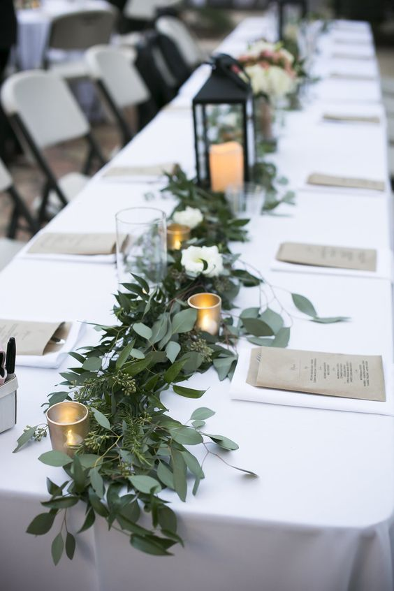 reception table garland
