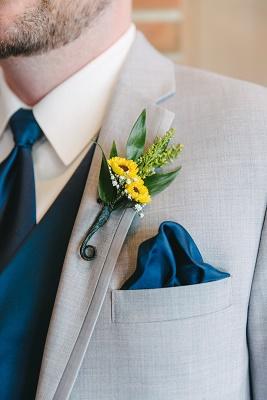 View More: http://karakamienskiphotography.pass.us/fry-wedding
