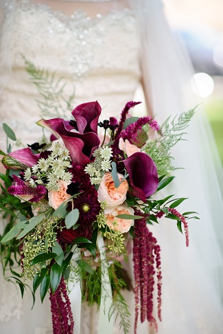 Forty Five Weddings We Created Bouquets For That Is Not Surprising Considering Marsala Was 2017 Color Of The Year And Here In Midwest Aren T As
