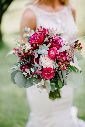 Most Popular Wedding Color For Bridal Bouquets