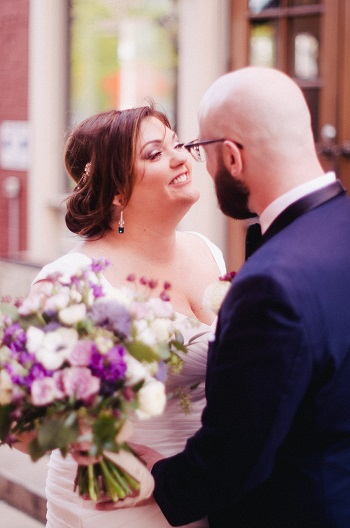 Bride and groom, wedding day, bridal bouquet