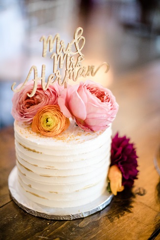 wedding cake, cake flowers