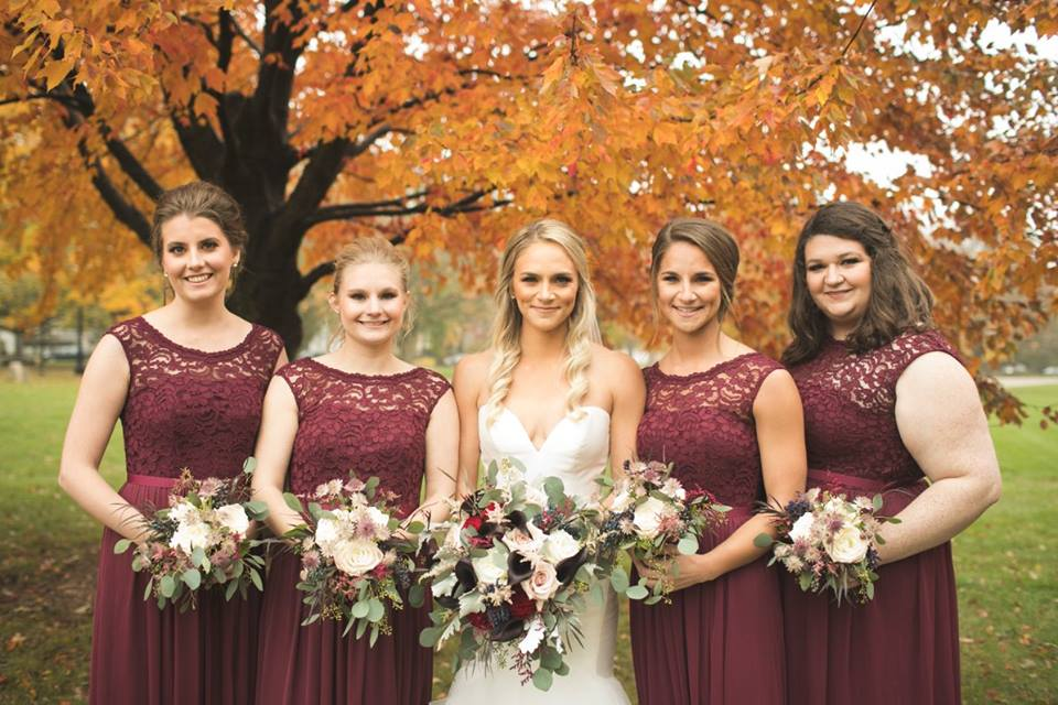 burgundy bridesmaid dresses, wedding bouquets