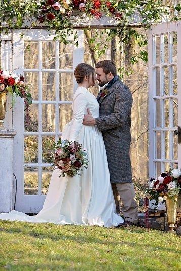 French Door Wedding Backdrop p10