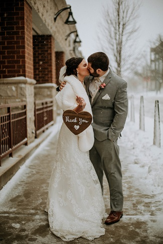 Wedding in snowstorm