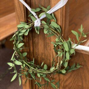 Pew Decor Wreath Tutorial